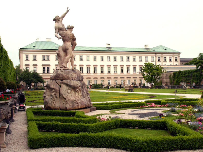 Domina Salzburg